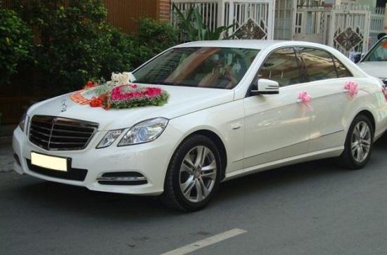 Xe hoa Mercedes C200