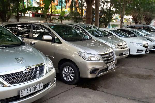 Thuê xe ô tô 7 chỗ - Thuê xe tháng