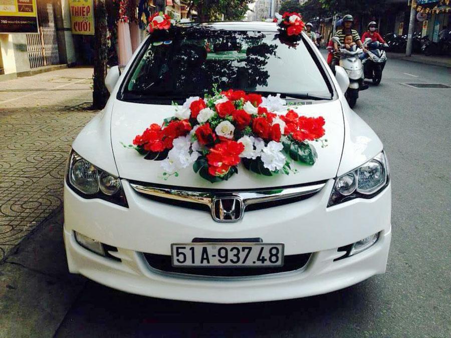 Xe 4 chỗ - xe cưới